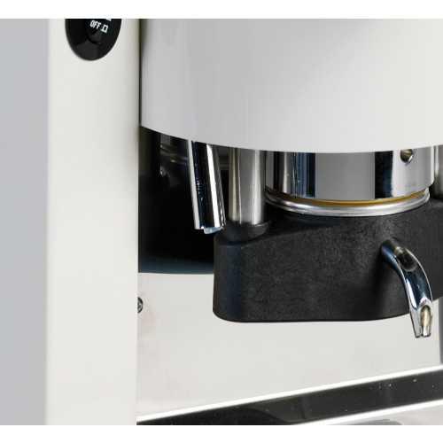 c: Lolita Elite CA - Schwarz-Weiß - Kaffee und Heißwasser - Spinel